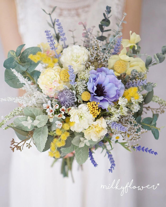 free spirited spring and summer wedding bouquets with lavender