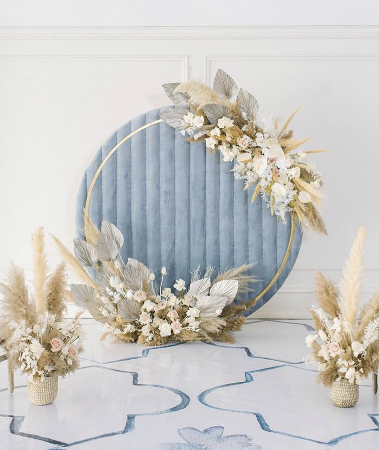 modern unique velvet circle backdrop with pampass grass