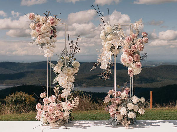 wedding arches trends 2021