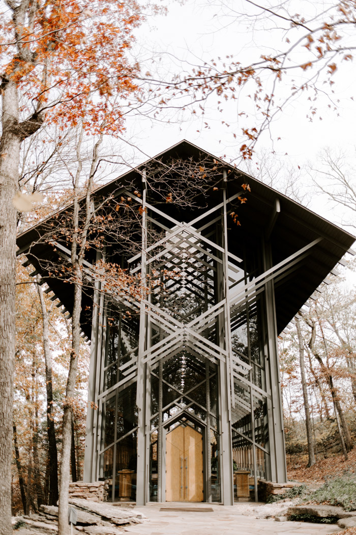 moody vintage thorncrown chapel wedding in eureka spring
