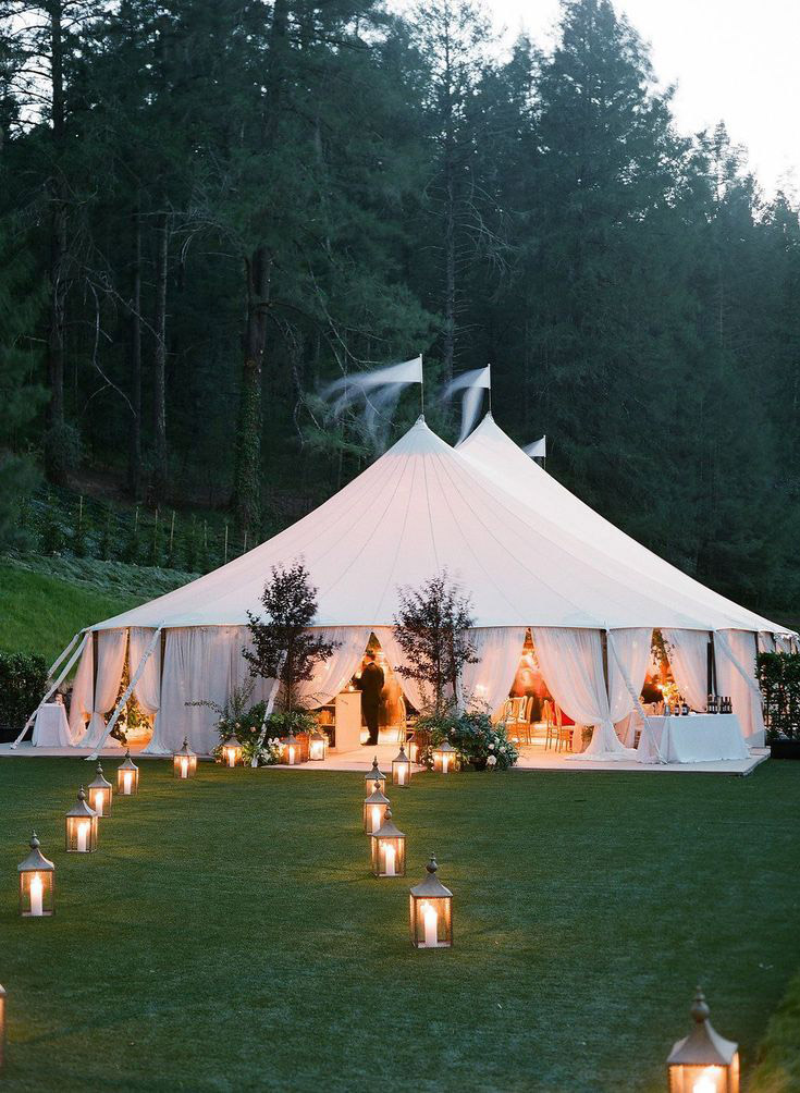 romantic and intimate outdoor tented wedding reception decoration ideas