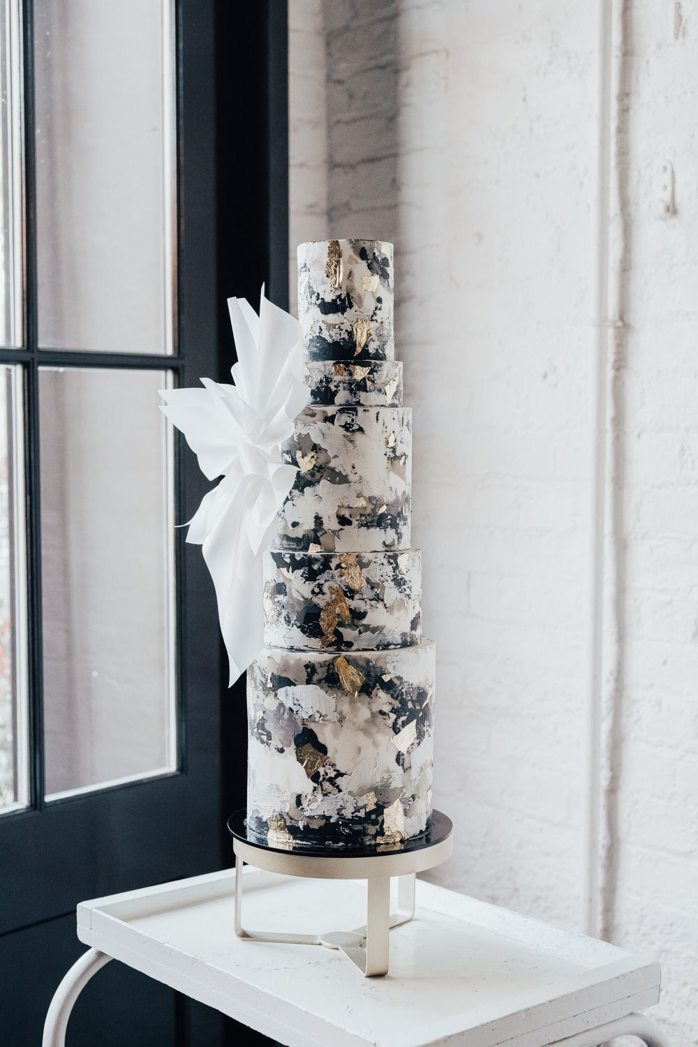 modern industrial elegant watercolor black and white wedding cakes