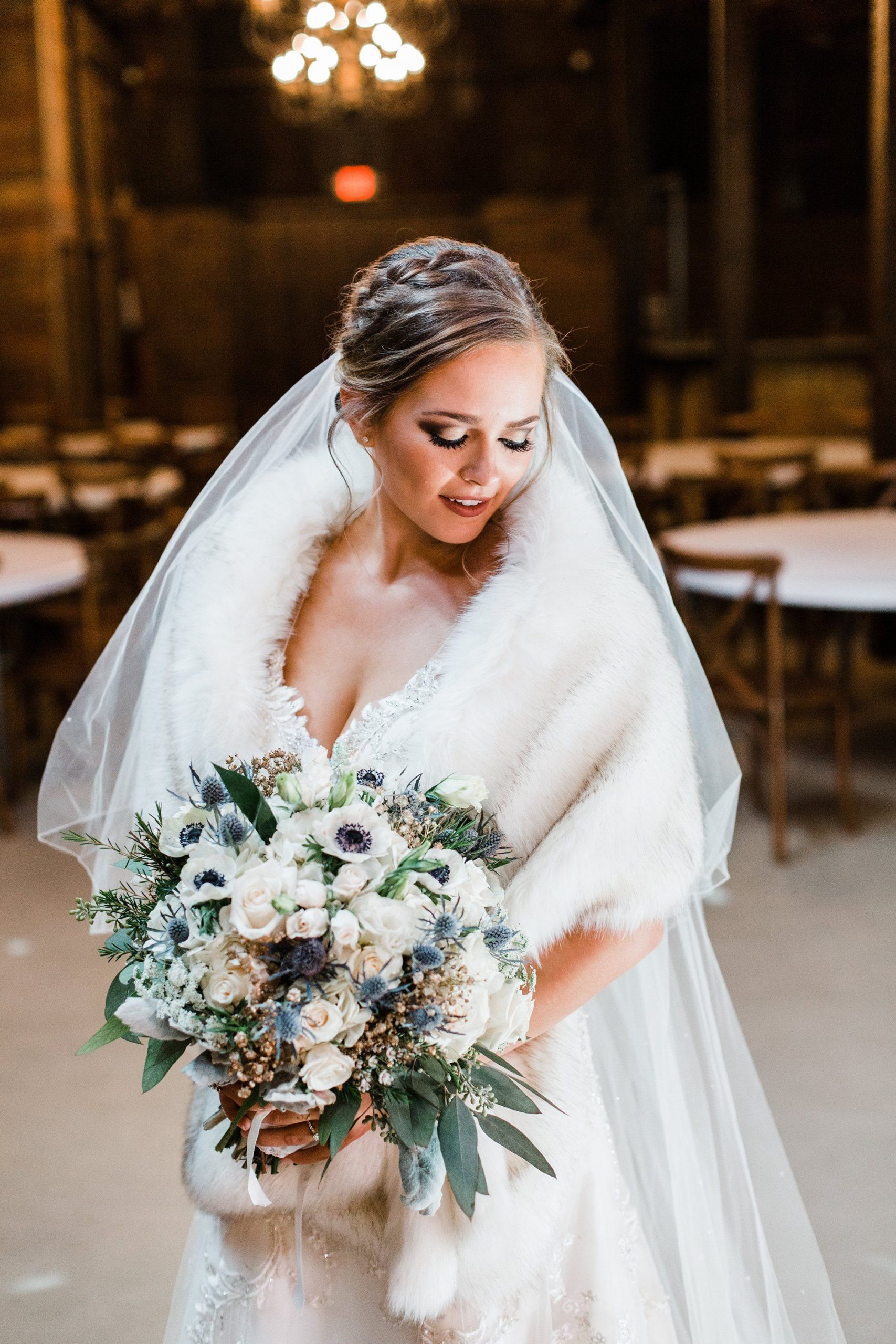 ivory shawl for whire wedding dress for winter wedding ideas