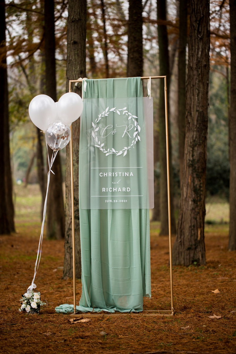 Frosted Acrylic Wedding Welcome Sign with elegant Leaves Branch Wreath
