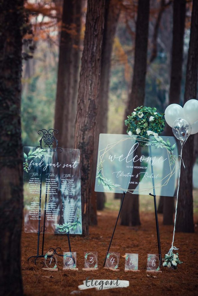 new wedding trending with acrylic wedding signs for outdoor wedding ideas