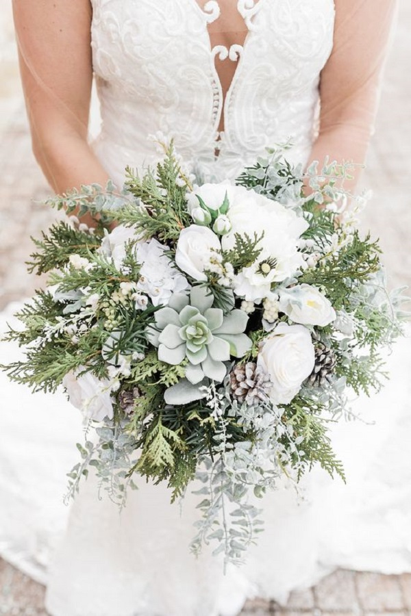 chic intimate winter wedding bouquets with succulents
